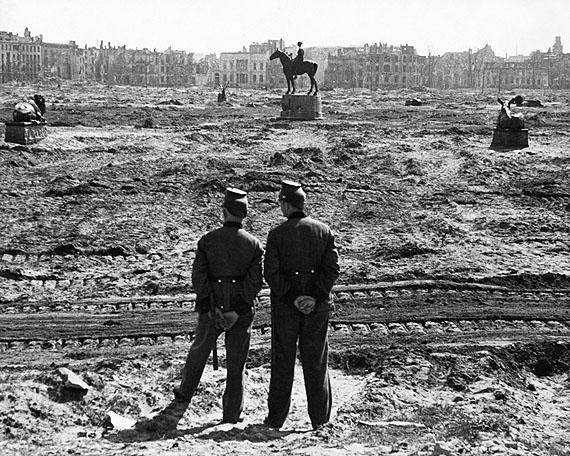 Friedrich SeidenstückerOhne Titel, 1945© bpk / Friedrich Seidenstücker