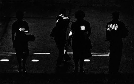 Chicago, 1961 © Kenneth Josephson, Courtesy of Gitterman Gallery