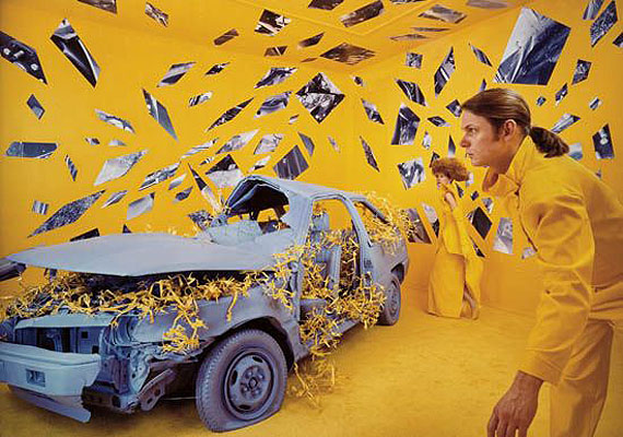 "Sandy Skoglund, ""The Invisible Web."" Cibachrome print, 1986. Estimate:$4,000-6,000"
