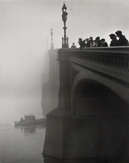 Wolfgang Suschitzky, Westminster Bridge, 1936© Wolfgang Suschitzky / Courtesy The Photographers' Gallery, London