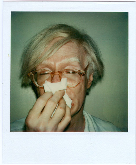 Andy WarholANDY SNEEZING 1978 Polaroid SX-70 © The Andy Warhol Foundation for the Visual Arts Inc. / VBK, Wien 2011