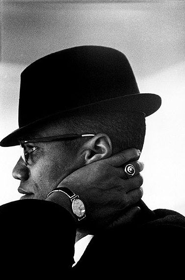 © Eve Arnold / Magnum PhotosUSA. Chicago. Malcolm X. 1961