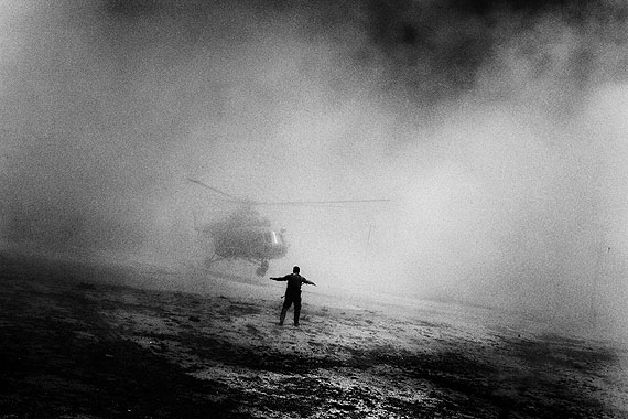 A helicopter used by the Drug Enforcement Agency and Afghan troops lands in Kabul, Afghanistan, after completing a mission. 2006.© Paolo Pellegrin / Magnum Photos