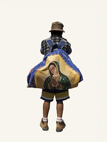 Alinka ECHEVERRIASur le chemin de Tepeyac / The Road to TepeyacLaureat 2011 du prix HSBC pour la PhotographieCourtesy Galerie Le Réverbère, Lyonwww.galerielereverbere.com