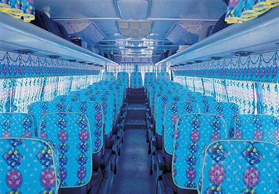 Sungsoo KooTour Bus, from the series Magical Reality (2005-2006) © Sungsoo Koo