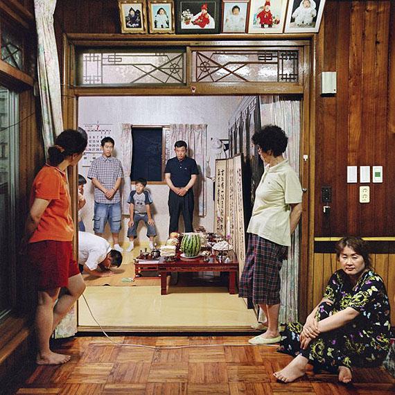 Sunmin LeeLee, Sunja's House #1 – Ancestral Rites from the series Woman's House II (2003-2004)2004Chromogenic photographCourtesy of the artist © Sunmin Lee