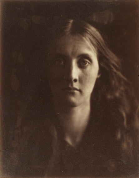 Lot No: 4Julia Margaret Cameron (British, 1815-1879)Julia Jackson, 1867Albumen print.26.4 x 20.7cm (10 3/8 x 8 1/8in).Estimate: £25,000 - 35,000, US$ 39,000 - 55,000
