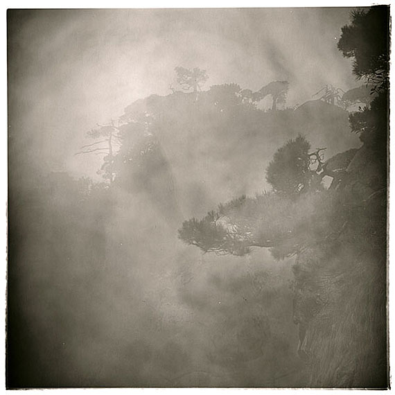 "LU Yanpeng: ""Listening To The Fog""(2008-2010) Pigment print on fine art paper50x50cm - Edition of 10; 90x90cm - Edition of 6; Box Set of 12: 30.5x45cm - Edition of 8.© LU Yanpeng. Courtesy of m97 Gallery."