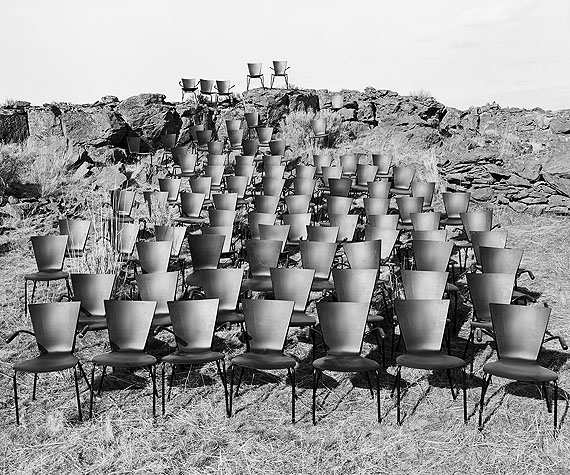 The Audience, 2004© Chris Engman /Courtesy Galerie Clair
