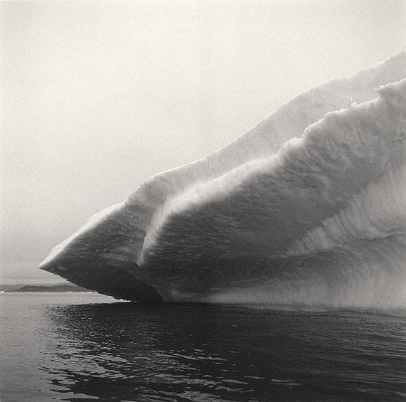 Iceberg IV, Disko Bay, Greenland, 2004. Gold toned gelatin silver print.© Lynn Davis, Courtesy Edwynn Houk Gallery, New York/Zurich