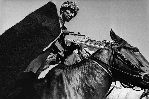 © Thomas Dworzak/MagnumphotosCHECHNYA, Grozny. 9/1994. Chechen Independence Day celebrations.Military parade and horseraces.