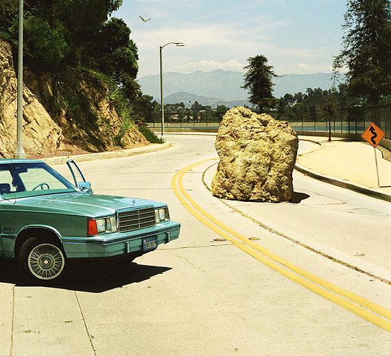 © Alex Prager - 1.18pm, Silverlake Drive, 2012. Courtesy of Michael Hoppen Contemporary.