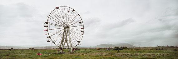 Wim Wenders: Ferris Wheel, Armenia, 2008. C-print. 151.3 x 348 cm.© Wim Wenders. Courtesy Wenders Images