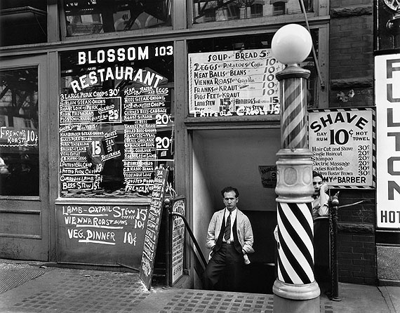 Berenice Abbott, Blossom Restaurant, 103 Bowery, New York City, October 24, 1935, © Berenice Abbott/Commerce Graphics