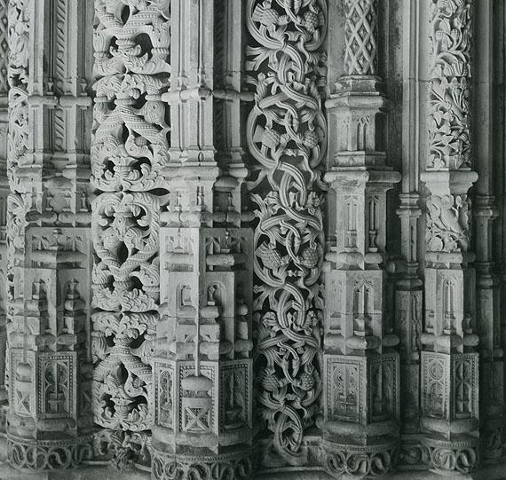 Alfred EhrhardtSäulen der Klosterkirche von Batalha, 195119,7 x 17,5 cmVintage, Silbergelatineabzug© Alfred Ehrhardt Stiftung