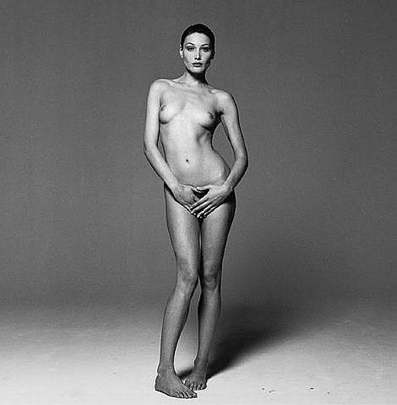 Michel ComteTitolo: Carla Bruni, Safe Sex CampaignAnno: 1993Tecnica: Baryt-printDimensioni: 73 x 73 cmEdizione: 20Courtesy: galerie Esther Woerdehoff, Paris