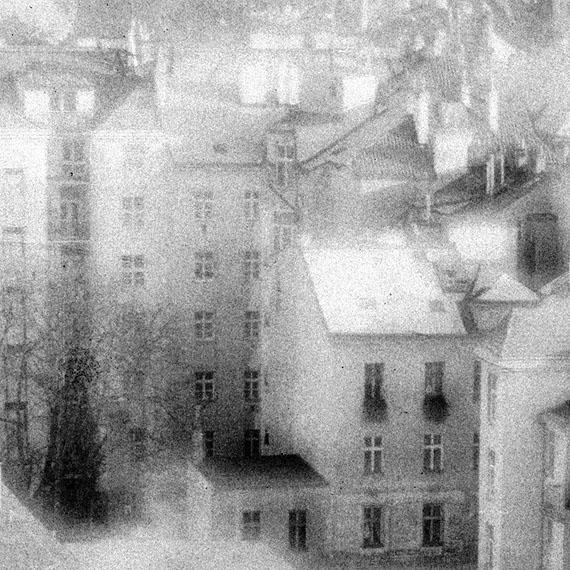Inessa DolinskaiaWunderland # 2Pigmentprint auf Brilliant Museum® Satin Matte Natural Fine Art Paper28 x 28 cm