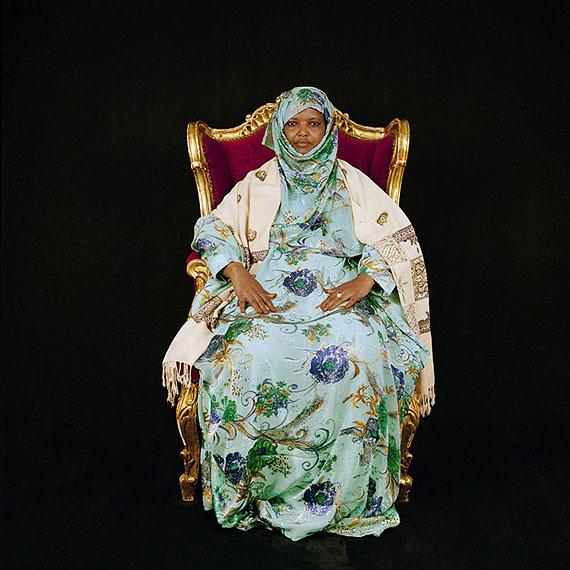 "Dekha Ibrahim Abdi, Friedensaktivistin, KeniaRight Livelihood Award 2007Aus der Serie ""Bescheidene Helden"", © Katharina Mouratidi"