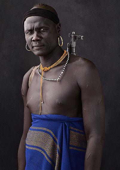 © Mario Marino, Faces of Africa, Berkoro, Mursi Man, Ethiopia, 2011140 x 110 cm, Archival Pigment Print / Hahnemühle Paper
