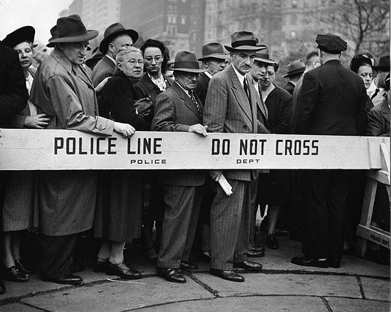 Clemens Kalischer: Police Line, Riverside Drive, New York, 1947