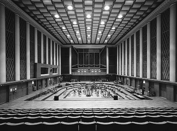 BERLIN, EHEMALIGES RUNDFUNKZENTRUM DER DDR, GEBÄUDE B, SAAL 1 © Manfred Hamm