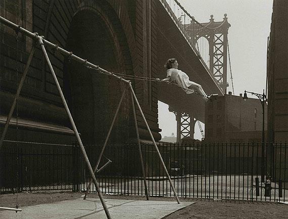 Girl on a swing. Pitt Street, Lower East Side, New York, 1938 © Walter Rosenblum