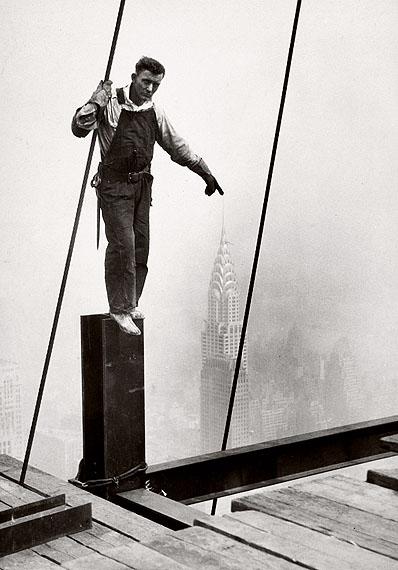 Lewis Hine, Steelworker standing on beam, 1931, © George Eastman House