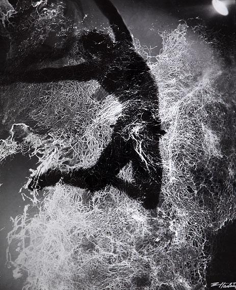 Solist, 70er Jahre42,5 x 34,2 cmBaryt Print (Vintage)© Edward Hartwig Estate