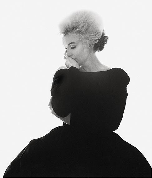 Marilyn Monroe, Im Ballkleid, denkend, 1962 © Bert Stern/Courtesy Sammlung Reichelt und Brockmann Mannheim