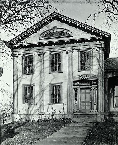 Walker Evans: Greek Revival House with Half-Lunette Window in Full-Façade Gable, Cherry Valley, New York, November, 1931 © Walker Evans Archive, The Metropolitan Museum of Art