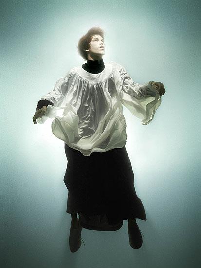 """Jesse"", 2007, Serie ""Awakened"", Digital C-Print, 175,2 x 133,3 cm."