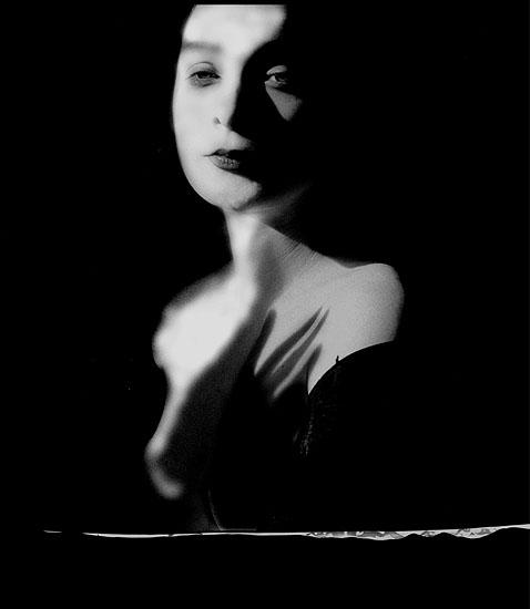 © Karin Székessy, Schattenhand, 2000
