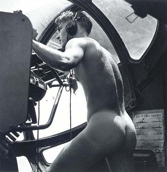 © Horace Bristol - Gunner 1944