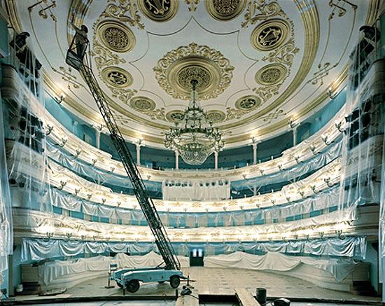 Opera House, Irkutsk, 200368,5 x 87,5 cm / 76,2 x 101,6 cm, C-Print, Edition 10