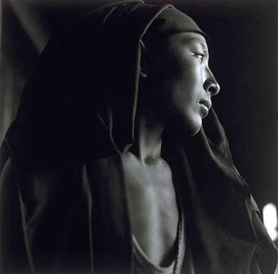 © Sheila Rock, Contemplation, 2002