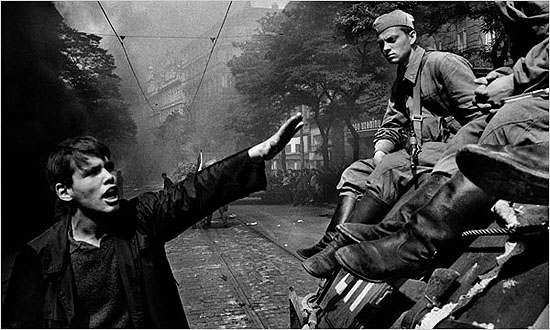 © Josef Koudelka / Magnum Photos, Invasion by Warsaw Pact troops in Prague in 1968
