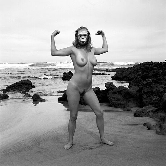 Paula on the beach2003 | black & white print / aluminium | 120 x 120 cm | ed. 2