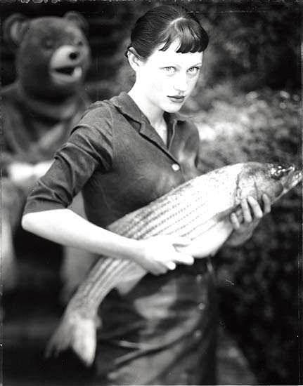 Fishmonger's Daughter, 2002, gelatin silver print. Copyright the artist, courtesy of Stephen Cohen Gallery