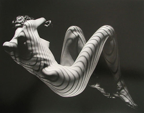 Contours 1954-58, Silver gelatin print, 11 x 14 inches, © Estate of Fernand Fonssagrives, courtesy Michael Hoppen Gallery
