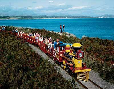 David Noble Butlin's Pwltheli, Train and PanoramaThe John Hinde Butlin's Photographs