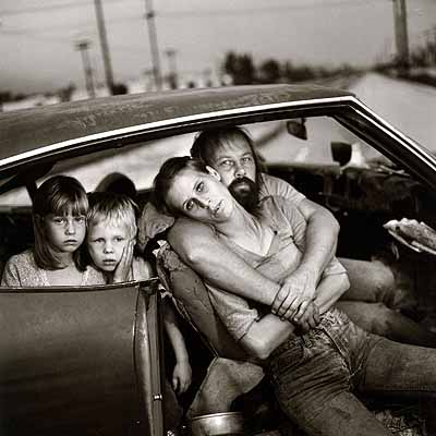 © Mary Ellen Mark- The Damm Family in their car, Los Angeles, California, 1987