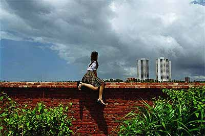 Weng Fen . Sitting on the Wall - Haikou 2