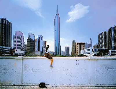 Weng Fen . On the wall - Shenzen No 1, 2002