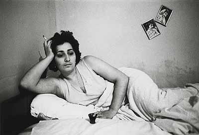 Helga Paris, o. T. aus: Georgien / Georgia, 1982, 18 x 24 cm, Silbergelatine Baryt © Helga Paris