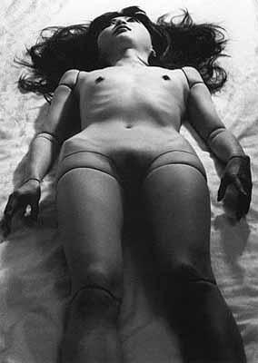 © Mario A., ma poupée japonaise, 2000, Courtesy Galerie Esther Woerdehoff.