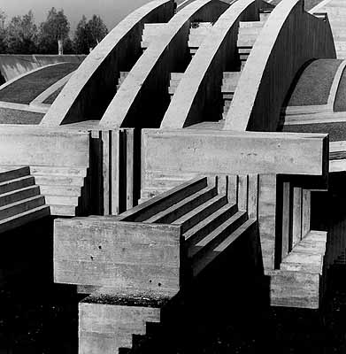 Fotografia di Gianni Berengo GardinTomba Brion a San Vito d'Altivole, 1972 © Gianni Berengo Gardin