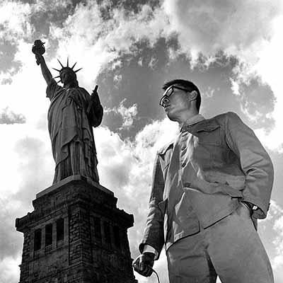 Tseng Kwong Chi, Statue of Liberty, New York