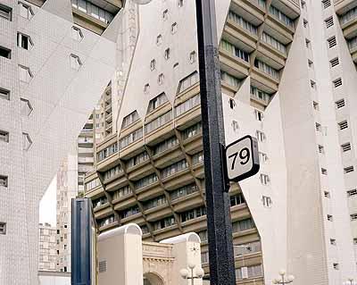 o.T. (Les FaÇades2), 2003-2004C-Print100 x 130 cm© Valérie Jouve