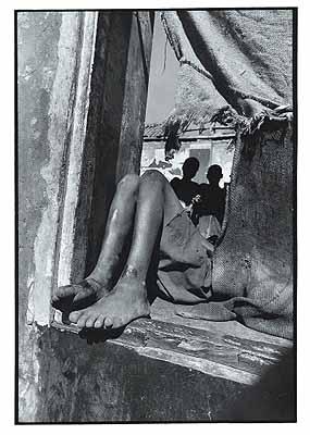 Alfredo MuecheStreetkids Maputo June 1997© Alfredo MuecheFrom ‹Iluminando Vidas› 2002 Christoph Merian Verlag