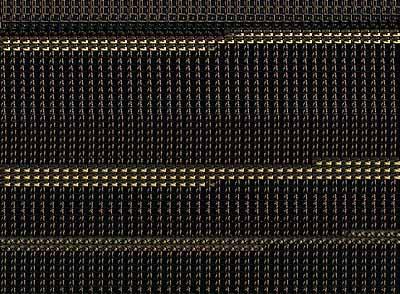 M+Min front / Bush,Lambda-exposure hinter Acryl auf Endura auf Alucobond,123x90 cm, 2004